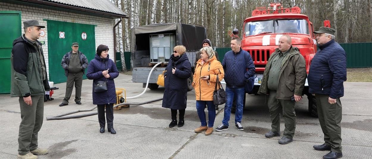 Є лісовий пожежний модуль, а загалом у господарстві налічується сім пожежних автомобілів